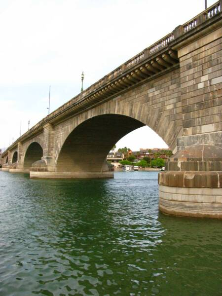 london bridge lake havasu. London Bridge